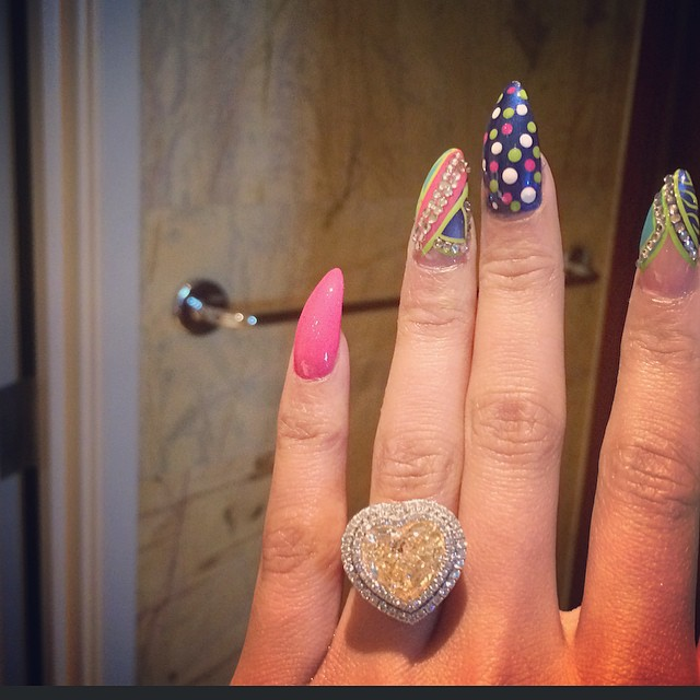Is Nicki Minaj REALLY Engaged To Meek Mill?