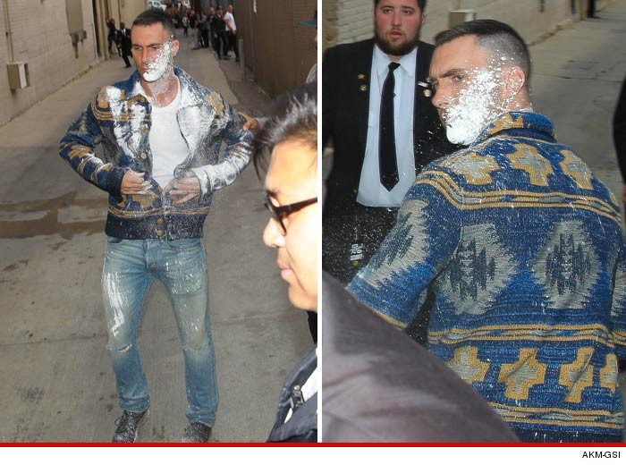 Adam Levine, SUGAR BOMBED!
