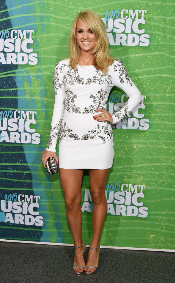 Carrie Underwood CMT 2015
