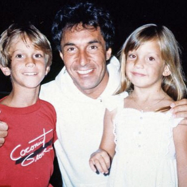 Oliver Hudson Has A Less Than Nice Father's Day Throwback!