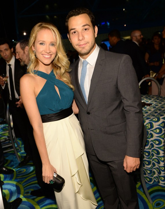 skylar astin and anna kendrick dating Trivia for pitch perfect 3 skylar astin, becca's love interest and boyfriend jesse in the new moon (2009), which starred anna kendrick pitch perfect.