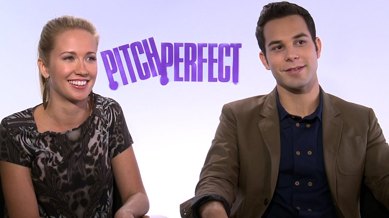 Skylar Astin & Anna Camp Are ENGAGED!
