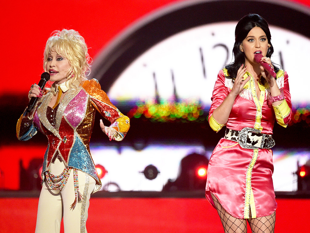 ACM 2016's Newest Pals: Katy Perry & Dolly Parton!